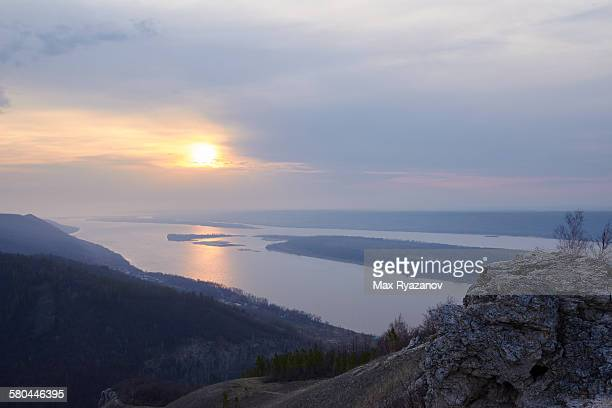 view from the mountain strel'naja in samara bend - volga stock pictures, royalty-free photos & images