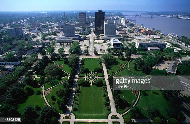 view from the observation tower of the louisiana state capitol, baton rouge. the 34-story art-deco skyscraper was built in 1931 under the guidance of governor huey p long - baton rouge stock pictures, royalty-free photos & images