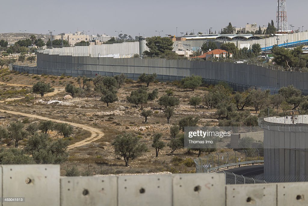 Daily Life In Israel, West Bank And Gaza : News Photo
