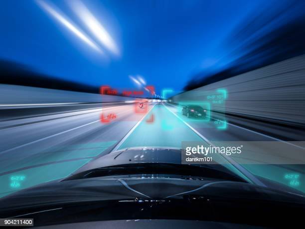 view from the top of a self driving car driving at speed - veículo terrestre - fotografias e filmes do acervo