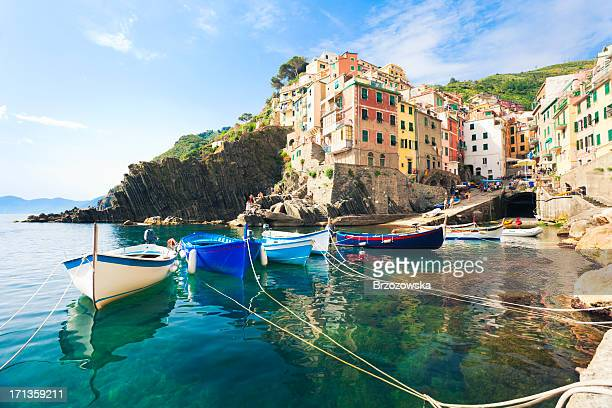 a view from the water of riomaggiore, cinque terre - italien bildbanksfoton och bilder