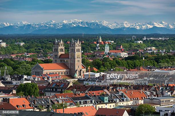 view from tower of st. peter's church above the city center of munich, bavaria, germany - new town hall munich stock pictures, royalty-free photos & images