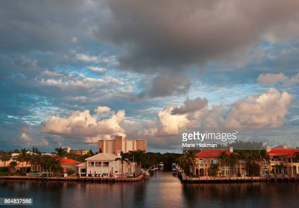 intercaostal waterway view in delray beach, florida. - delray beach stock pictures, royalty-free photos & images