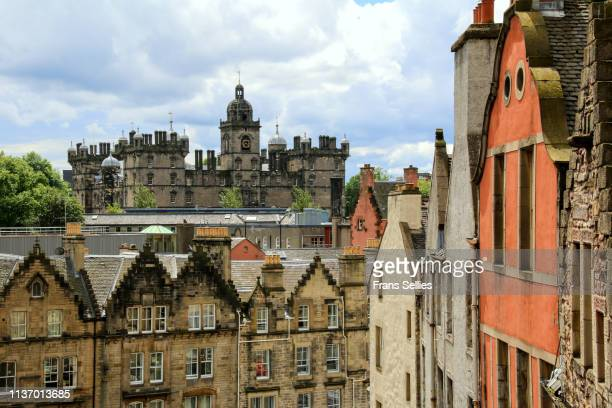 view in edinburgh, scotland (unesco world heritage) - frans sellies stock pictures, royalty-free photos & images