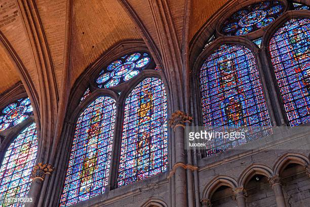 view in the reims cathedral, france - reims stock pictures, royalty-free photos & images