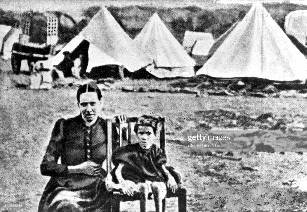 South Africa Second Boer War 1899-1902: Concentration camp of the Britons : News Photo