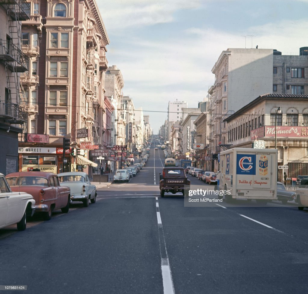 View Along Leavenworth Street : News Photo