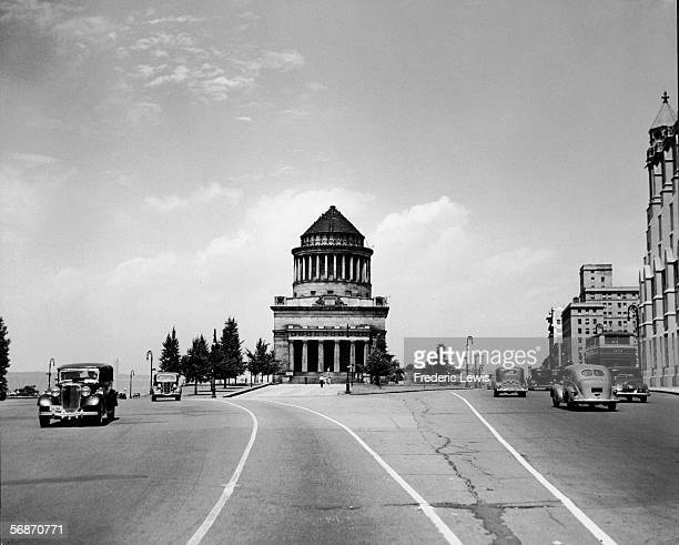 View looking north along Riverside Drive of General Grant National Memorial near 122nd Street New York New York 1930s The mausoleum designed by...
