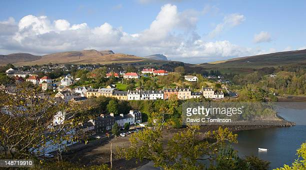 """view northwards from tower on """"lump"""", portree, storr visible on horizon. - ポートリー ストックフォトと画像"""