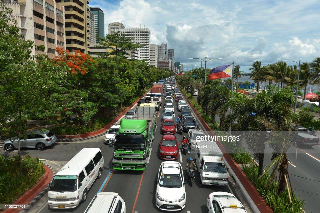 Daily Life In Manila : News Photo
