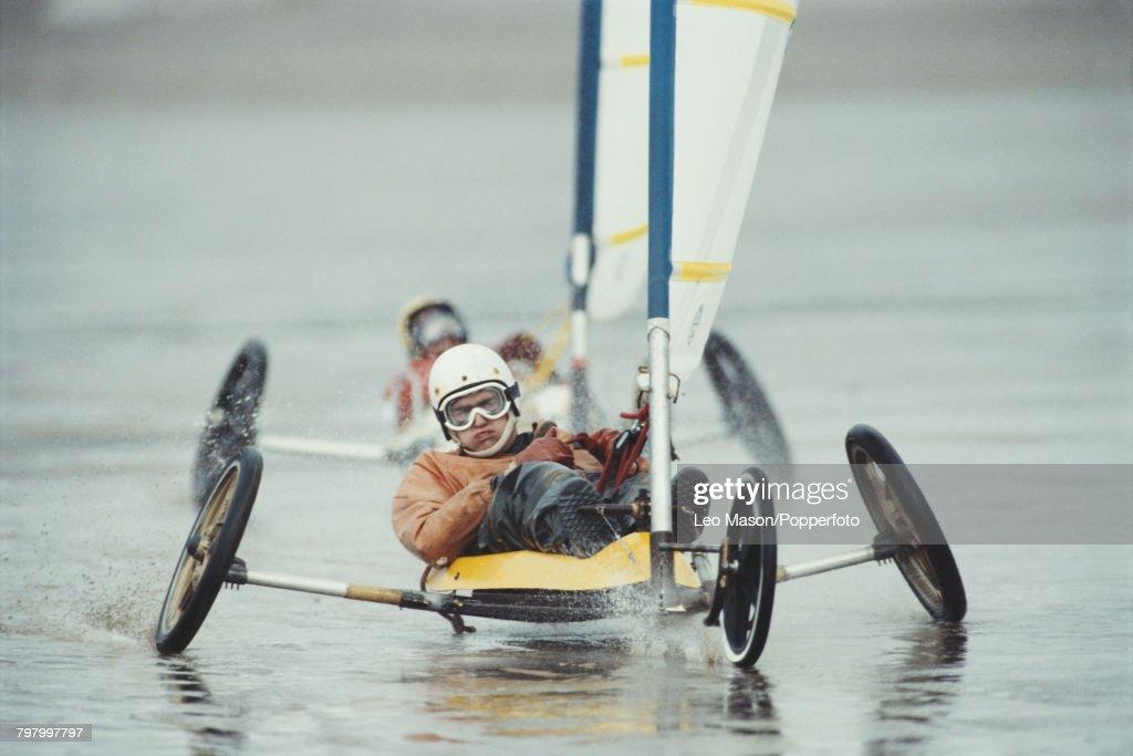 Land Sailing On Brean Beach : News Photo