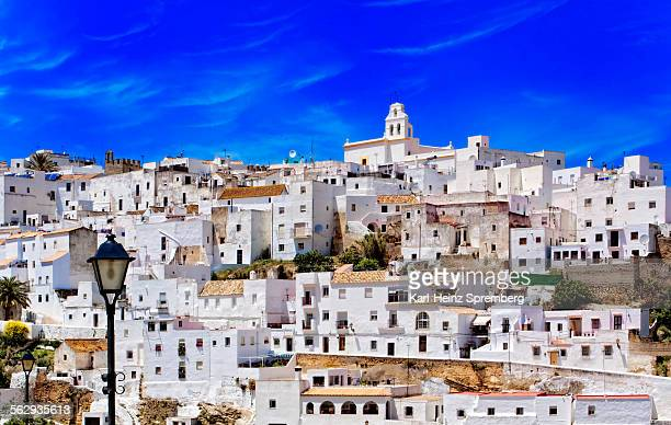 view of a district of the small town of vejer, andalusia, spain, europe - vejer de la frontera fotografías e imágenes de stock