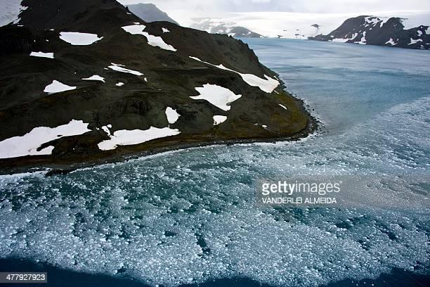View of a glacier in front of Brazil's Comandante Ferraz base in Antarctica on March 10 2014 AFP PHOTO / VANDERLEI ALMEIDA