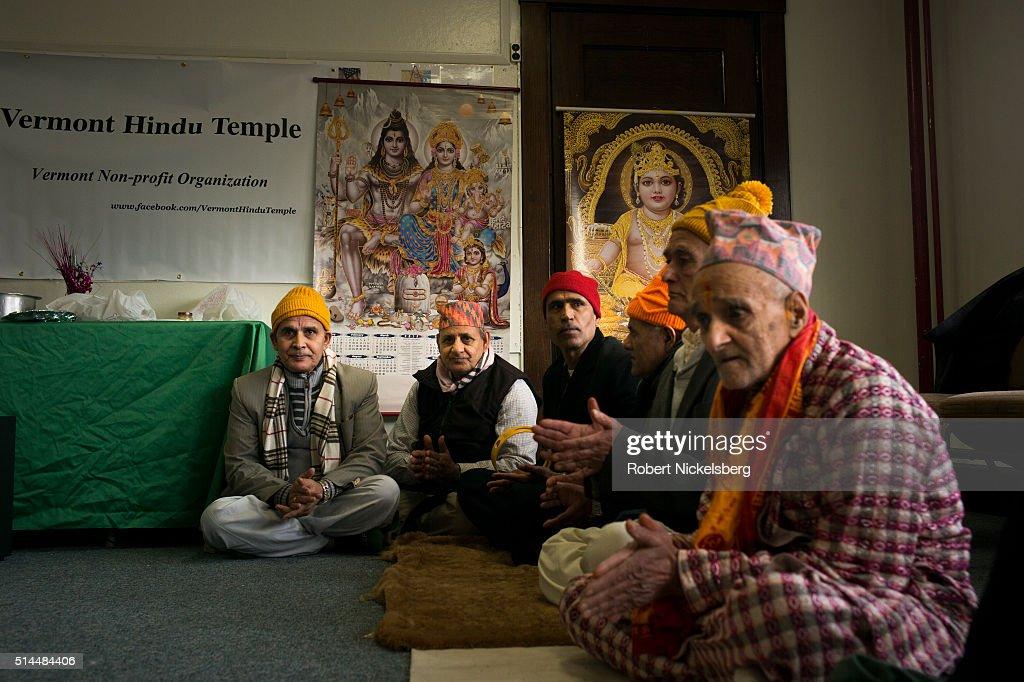 Weekly Puja Ritual : News Photo