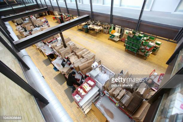 View of a hall of the logistics centre of the mailorder pharmarcy aporot in Hamburg Germany 21 April 2017 Photo Bodo Marks/dpa | usage worldwide