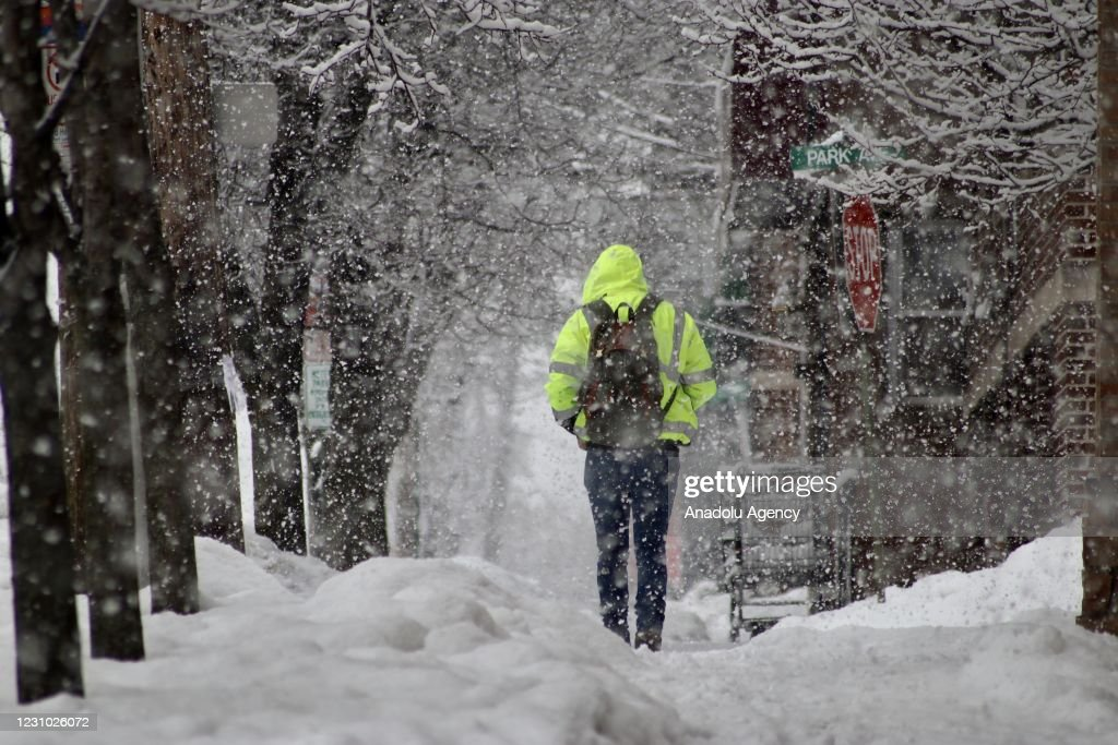 Snowfall in New Jersey : News Photo