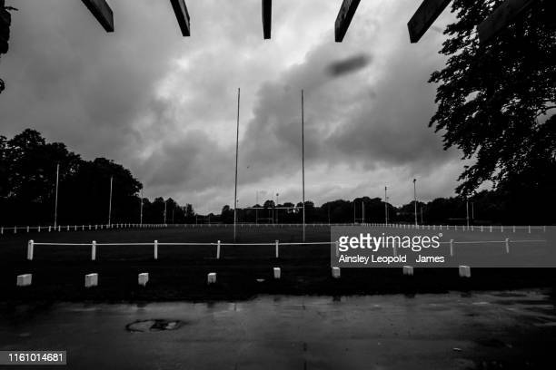 a view of a league rugby field - rugby field stock pictures, royalty-free photos & images