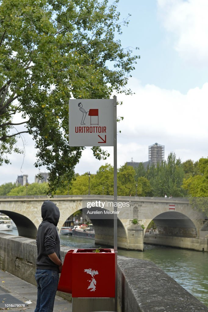 New Public Urinal Provoks Controversy In Paris