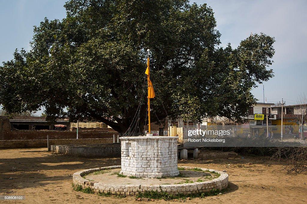 Nishan Sahib Flag Pole : News Photo