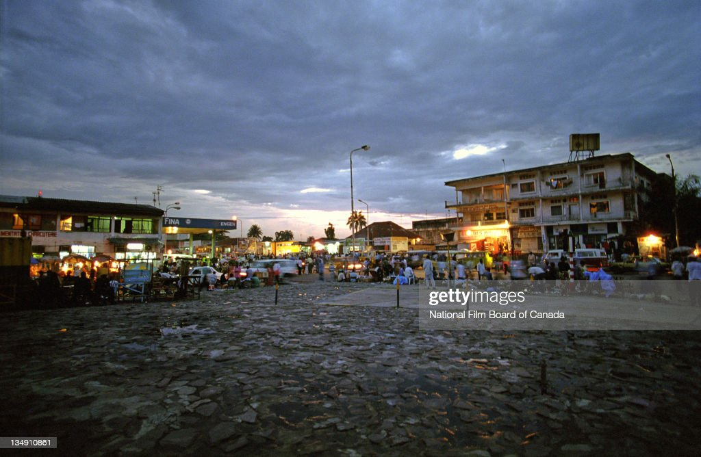 A Plaza At Night In Kinshasa : News Photo