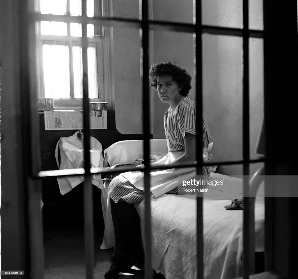 Woman In Jail : News Photo