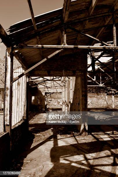 view of abandoned building - old glasgow stock pictures, royalty-free photos & images