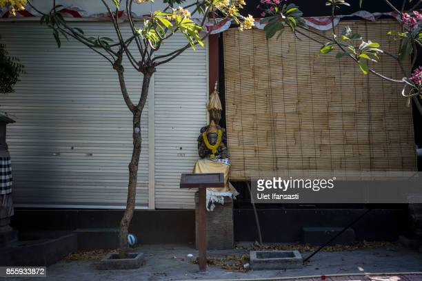 KARANGASEM BALI INDONESIA SEPTEMBER 30 A view of abandoned store as emptied of tourists at Tulamben beach on September 30 2017 in Karangasem regency...