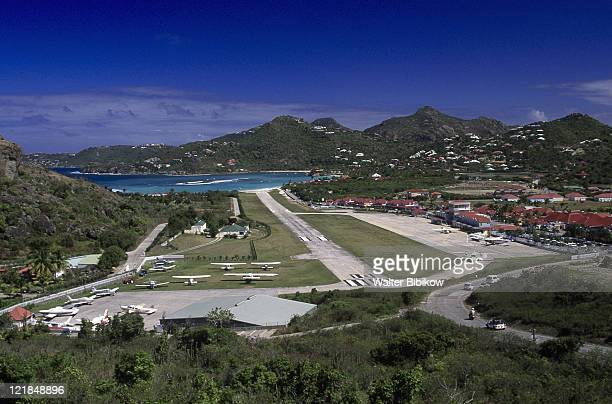 view of airport, st jean, st barthelemy, fwi - antilles stock pictures, royalty-free photos & images
