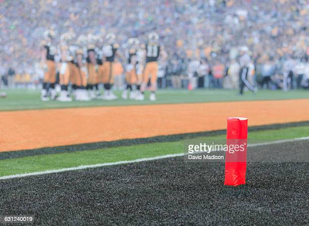 view of an american football game - end zone stock pictures, royalty-free photos & images