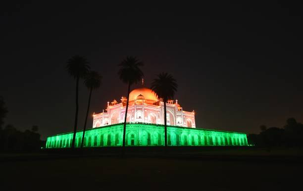 IND: Monuments Lit Up As India Celebrates 100 Crore Vaccination Doses