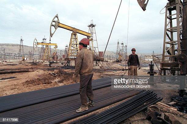 View of an oilfield shot near Baku 20 October 1998 Azerbaijan made huge economic gains in the recent years especially in the oil sector where the...