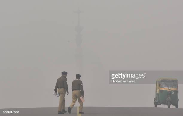 A view of atmosphere shrouded in smog resulting in air pollution and low visibility at Raisina Hill on November 13 2017 in New Delhi India The air...