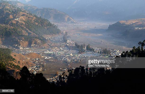 View of Basial village situated in the Balakot valley taken on 07 January 2006 Thousands of Pakistani survivors of the 08 October earthquake are...