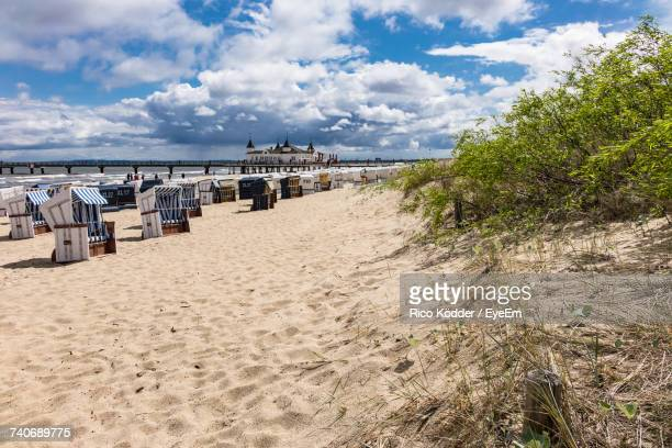 view of beach against cloudy sky - ウセドム ストックフォトと画像