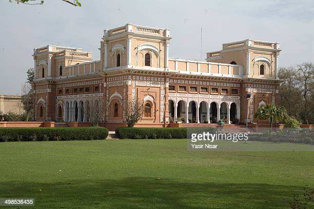 CONTENT] A view of beautiful historical Abbasi palace Darbar Mehal located in Bahawalpur