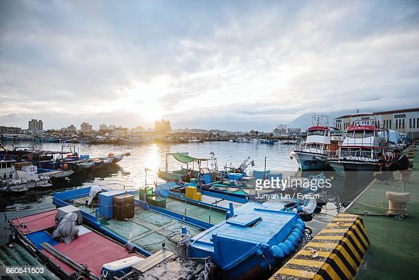 view of boats moored at dock - hualien county stock pictures, royalty-free photos & images