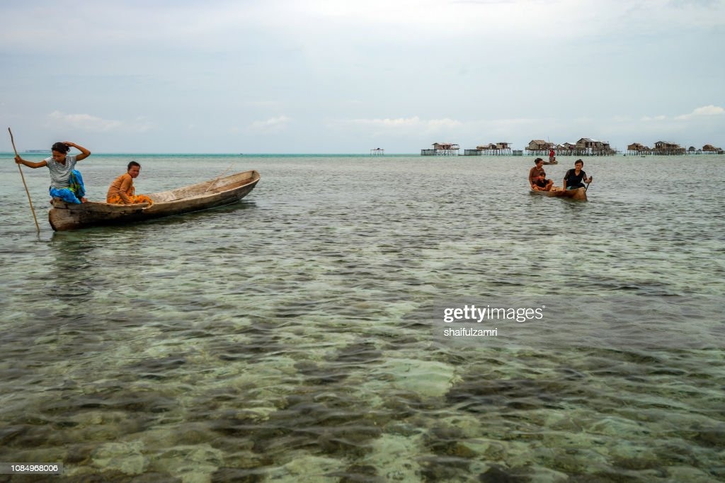 View of Borneo's bajau laut that live off Bodgaya Island, Sabah, Malaysia. They are nomadic sea gypsies who are stateless. : Stock Photo