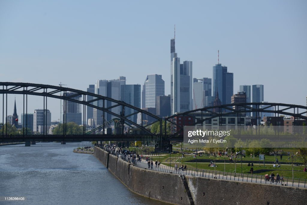 View Of Bridge And Buildings Against Sky : Stock-Foto
