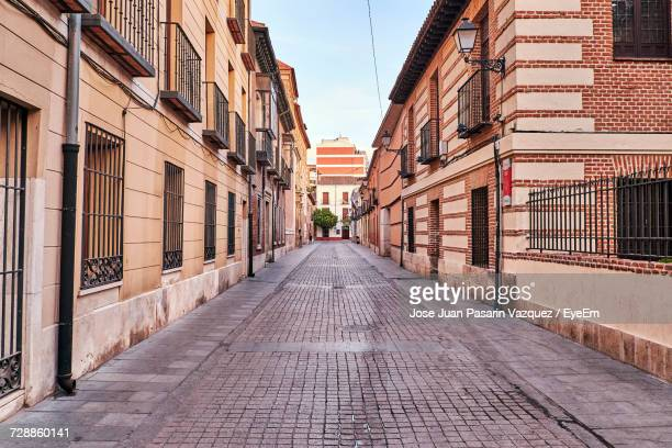 view of buildings in city - alcala de henares stock pictures, royalty-free photos & images