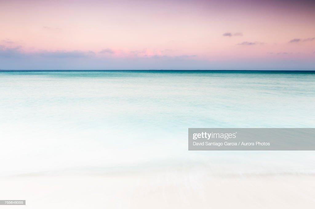 View of Caribbean Sea at sunset, Isla Mujeres, Yucatan Peninsula, Mexico : Stock Photo