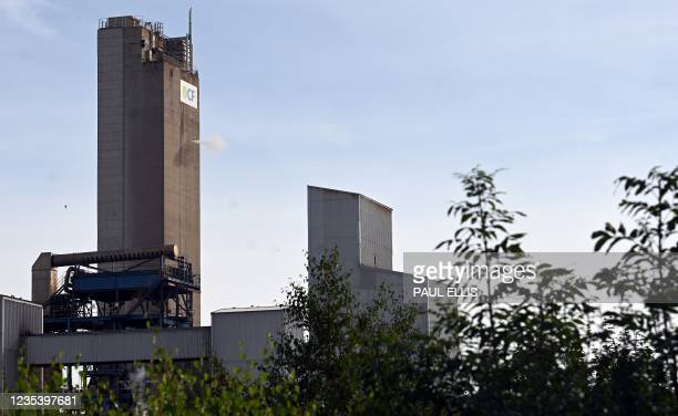 View of CF Industries fertiliser plant in Stockton-on-Tees, northeast England on September 21, 2021. - The plant which produces CO2 as a by-product,...