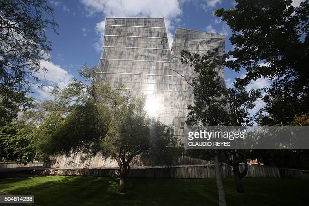 View of Chilean architect Alejandro Aravena's 'Siamese Towers' in Santiago Chile on January 13 2016 Chilean architect Alejandro Aravena won the...