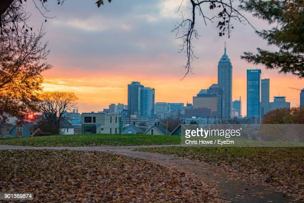view of city at sunset - indiana stock pictures, royalty-free photos & images