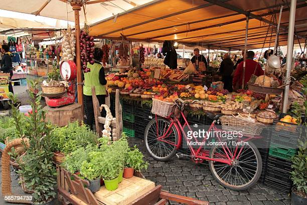 view of city market - street market stock pictures, royalty-free photos & images
