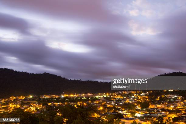 view of city of ampang in malaysia over sunrise - shaifulzamri foto e immagini stock