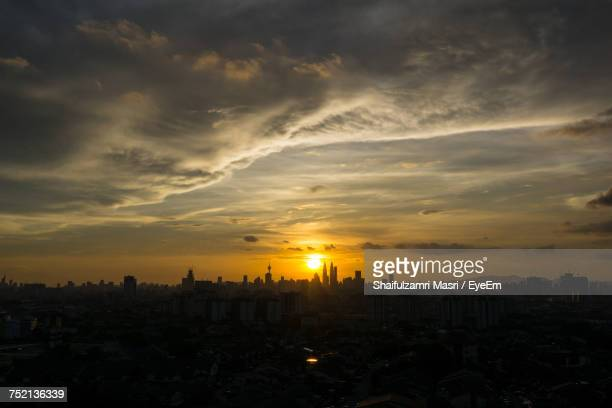 view of cityscape during sunset - shaifulzamri eyeem stock pictures, royalty-free photos & images