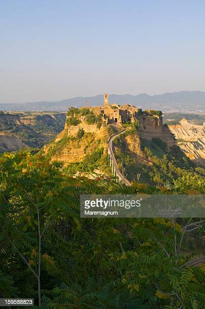 view of civita village - civita di bagnoregio foto e immagini stock