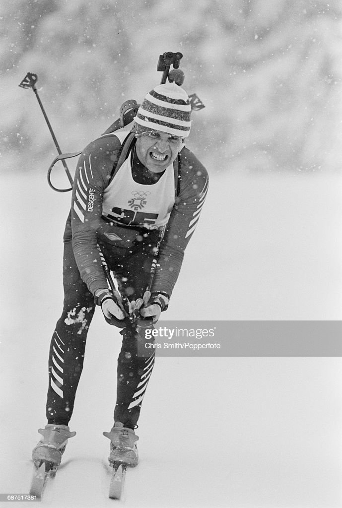 Biathlon At XIV Winter Olympics : Nachrichtenfoto