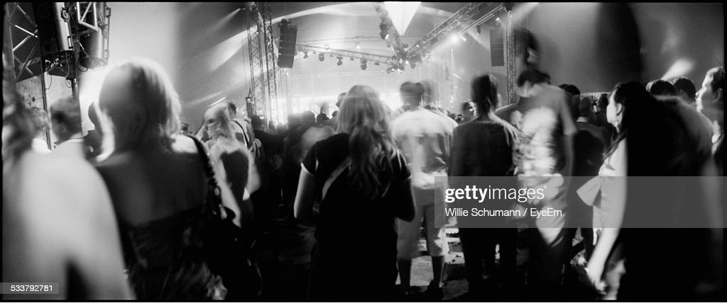 View Of Crowd At Concert : Foto stock