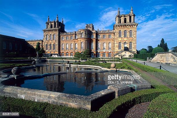 View of di Blenheim Palace from the Water Terrace, 1705-1722, architect John Vanbrugh , Woodstock, England. United Kingdom, 18th century.